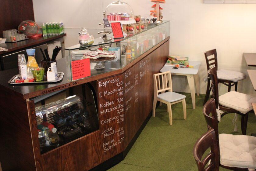 Zauberhaft-Stammheim-Theke-Cafe